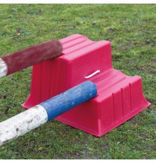 Step up with ease on a STUBBS mounting block. Easily carried by one or other of the rope handles ...